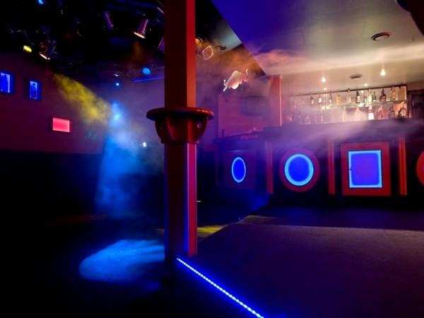 club auf dem kiez in hamburg mieten partyraum und eventlocation partyraum. Black Bedroom Furniture Sets. Home Design Ideas