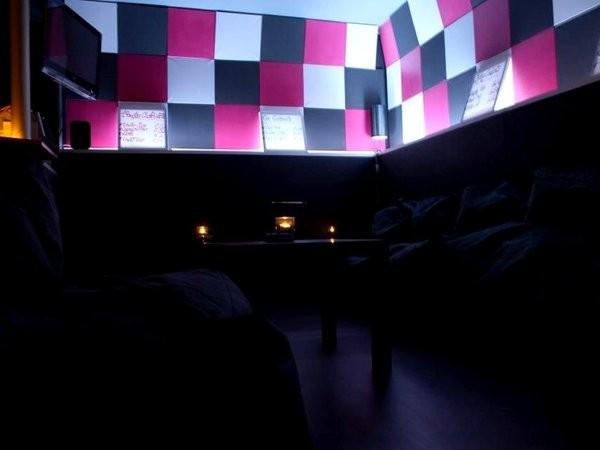stilvolle bar im hafenviertel in hamburg mieten partyraum und eventlocation partyraum. Black Bedroom Furniture Sets. Home Design Ideas