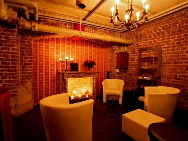 historisches gew lbe mit wohlf hlatmosph re in k ln mieten partyraum und eventlocation. Black Bedroom Furniture Sets. Home Design Ideas