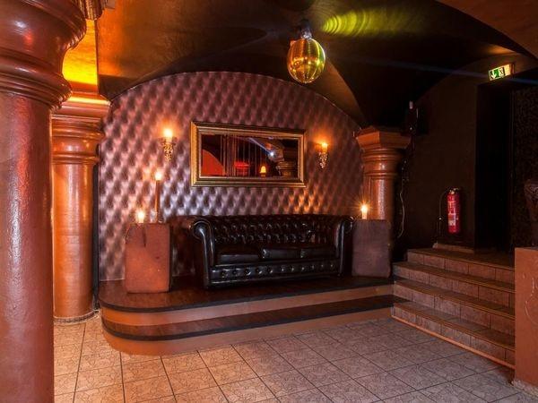 szenebar am kiez in hamburg mieten partyraum und eventlocation partyraum. Black Bedroom Furniture Sets. Home Design Ideas
