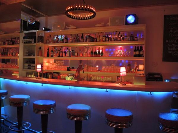 bar und showroom mit stil im herzen von k ln in k ln mieten partyraum und eventlocation. Black Bedroom Furniture Sets. Home Design Ideas