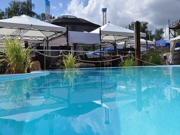 strandclub in hattersheim okriftel mieten partyraum und eventlocation partyraum. Black Bedroom Furniture Sets. Home Design Ideas