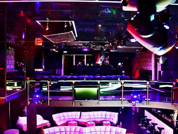 skyclub in frankfurt am main mieten partyraum und eventlocation partyraum. Black Bedroom Furniture Sets. Home Design Ideas