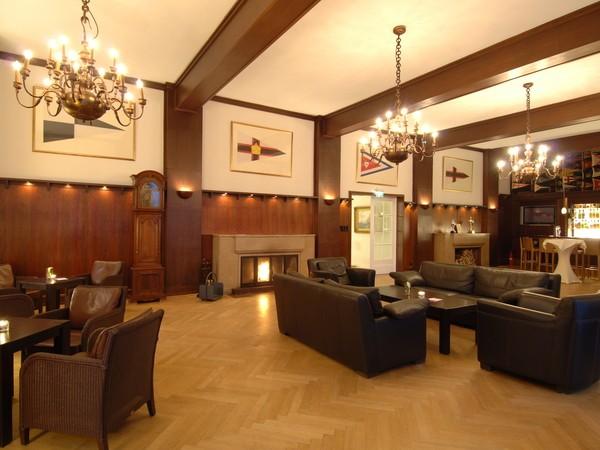 stilvolle eventlocation in exklusiver lage in kiel mieten partyraum und eventlocation. Black Bedroom Furniture Sets. Home Design Ideas
