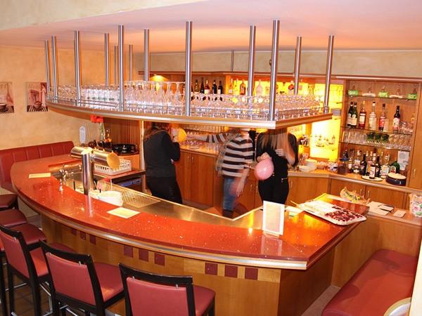 clubhaus in ahrensburg in ahrensburg mieten partyraum und eventlocation partyraum. Black Bedroom Furniture Sets. Home Design Ideas