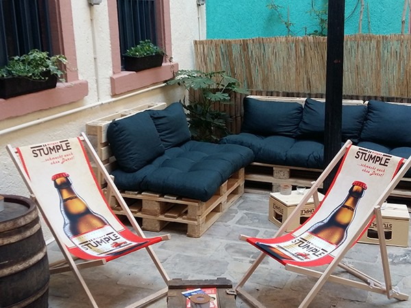 lebo in karlsruhe mieten partyraum und eventlocation partyraum. Black Bedroom Furniture Sets. Home Design Ideas